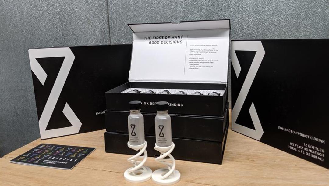 Foto: El producto está diseñado para operar mientras se bebe y mientras se duerme, de manera que debe tomarse antes de la ingesta de alcohol o en el momento de la misma y cada botellita cuesta entre 9 y 12 dólares, 8 de octubre de 2019 (EFE)
