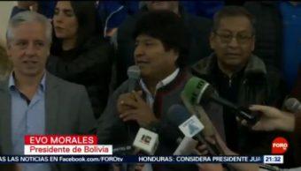 FOTO: Evo Morales celebra 'su triunfo' tras elecciones en Bolivia, 20 octubre 2019