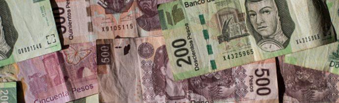 El Banco de México fijó en 19.7368 pesos el tipo de cambio para solventar obligaciones denominadas en moneda extranjera pagaderas en el país, 03 octubre del 2019 (Getty Images, archivo)