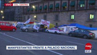 Integrantes del Sindicato de Electricistas bloquea circuito del Zócalo capitalino