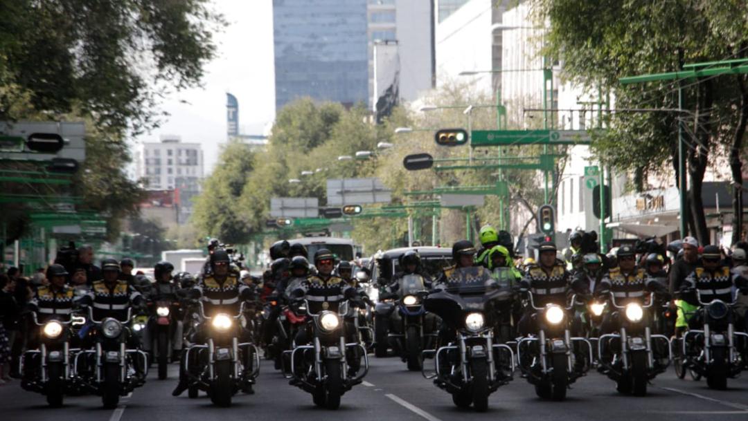 FOTO Policías de la CDMX resguardan el cortejo fúnebre de José José hacia Bellas Artes (Cuartoscuro/Victoria Valtierra)