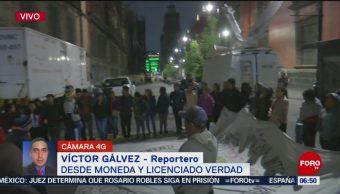 Normalistas bloquean entrada a Palacio Nacional, en CDMX