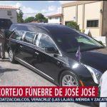 FOTO:Parte cortejo fúnebre de José José a un auditorio en Miami-Dade, 6 octubre 2019