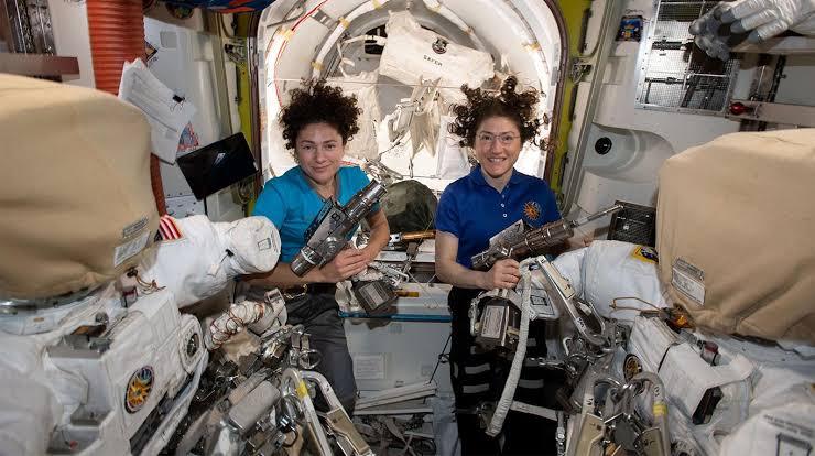 Foto: Primera caminata espacial completamente femenina realizada por la NASA, el 22 de octubre de 2019 (Foto: Nasa.Gov)