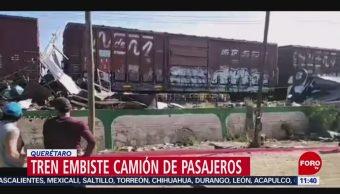 Tren embiste camión de pasajeros en Querétaro