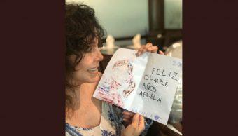 Foto: Verónica Castro mostró un dibujo que realizó su nieta, el 17 de octubre de 2019 (Twitter @vrocastroficial)