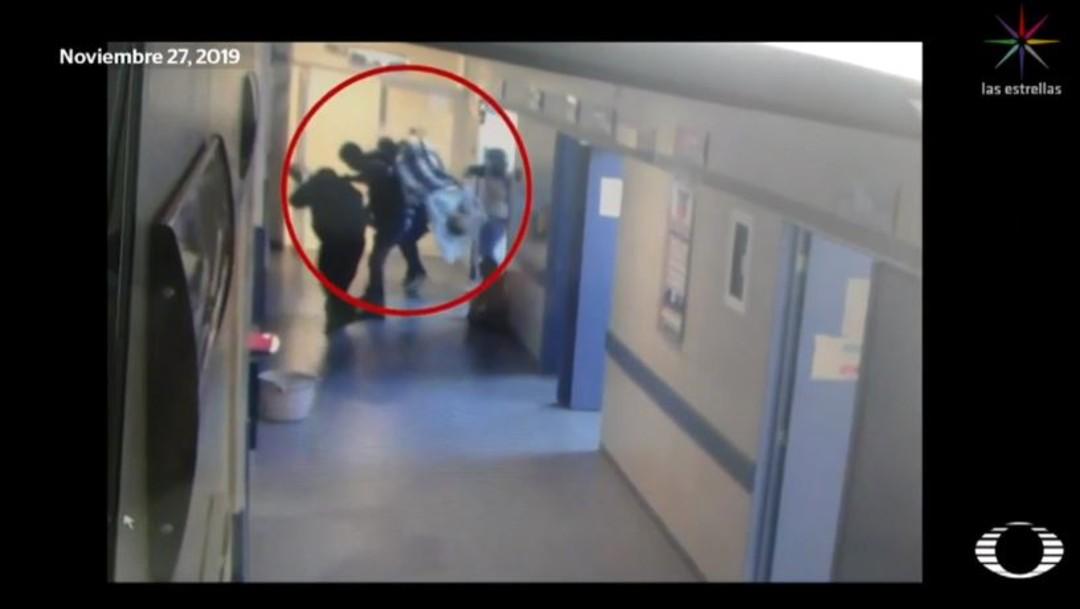 Foto: Los hombres ingresaron al nosocomio con el rostro cubierto, portaban armas de grueso calibre, chaleco antibalas y equipo táctico; después, ingresaron a otro hospital para rematar a un paciente que había ingresado con varias heridas de arma de fuego
