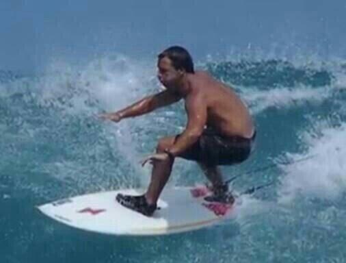 Foto: Surfer sueña con ser presidente, 22 de noviembre de 2019 (Reddit)