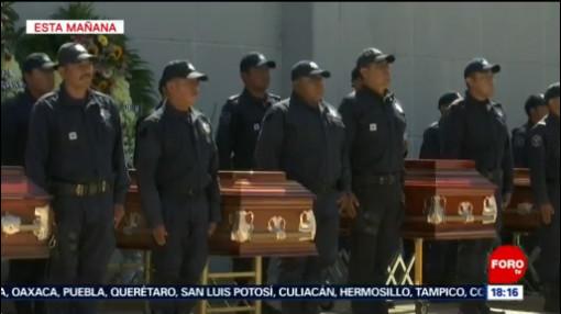 FOTO: Autoridades de Oaxaca realiza homenaje a policías muertos en emboscada, 9 noviembre 2019
