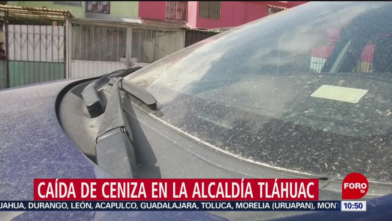 Cae ceniza en la alcaldía Tláhuac