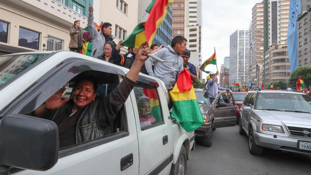 Foto: La suerte de Morales quedó sellada luego que las Fuerzas Armadas y la Policía le intimaron este domingo a renunciar, 10 de noviembre de 2019 (EFE)