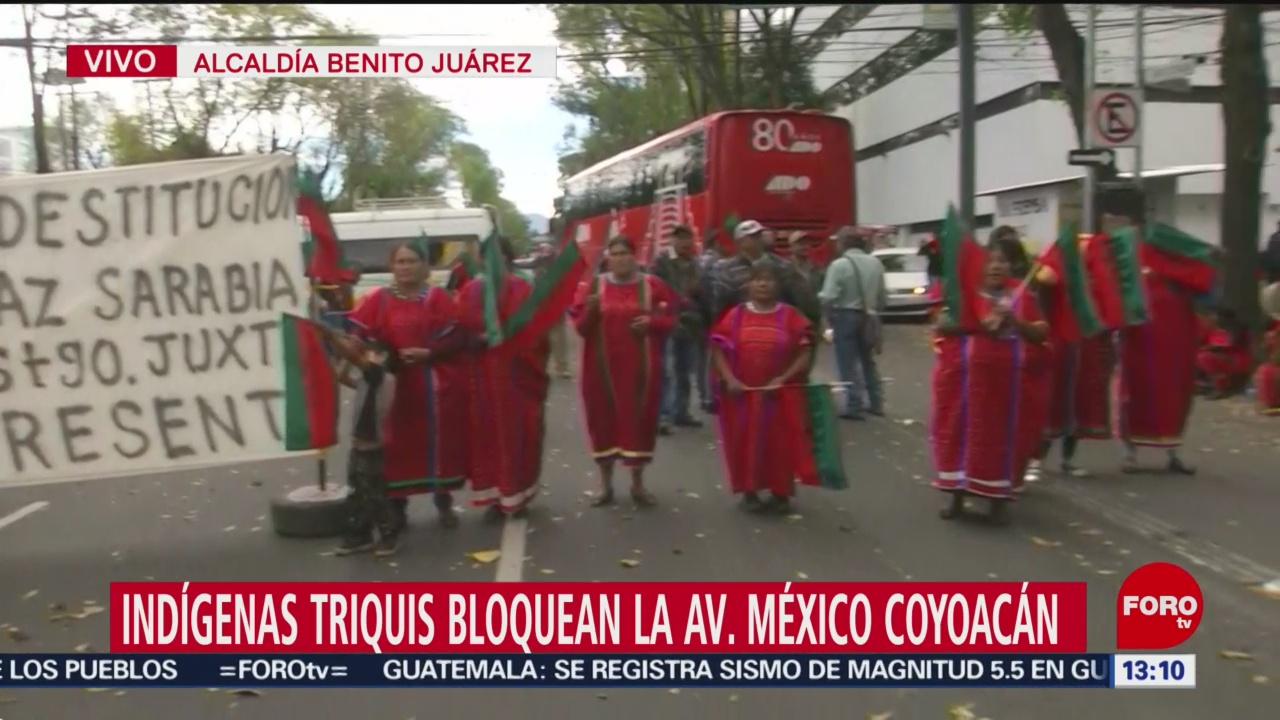 FOTO: Indígenas Triquis bloquean avenida México-Coyoacán