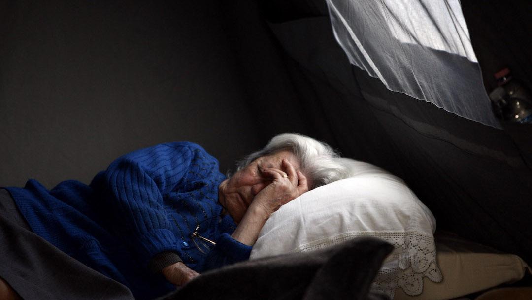 Roncador-fuertes-ronquidos-dormir-riesgos-salud