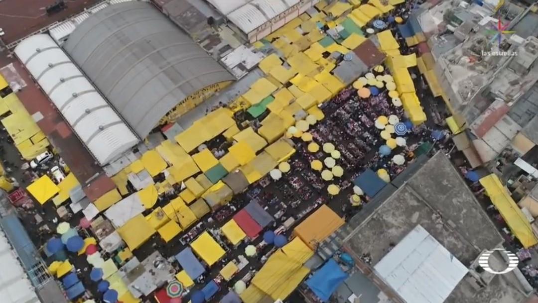 Foto: Locatarios de mercados públicos advierten sobre el peligro de que, alrededor de los mercados, existan romerías irregulares, controladas por el comercio informal