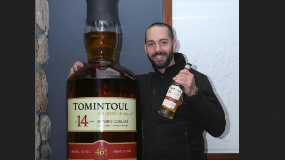 La botella de whisky más grande del mundo.