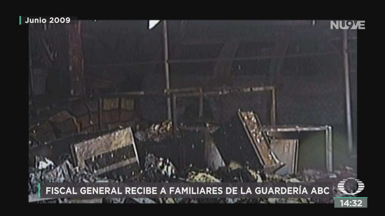 FOTO: Gertz Manero Se Reúne Con Papás Guardería ABC,
