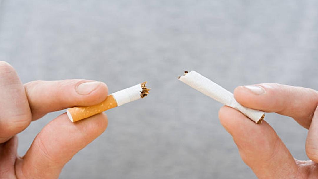 Por primera vez, OMS detecta menos hombres fumadores en el mundo