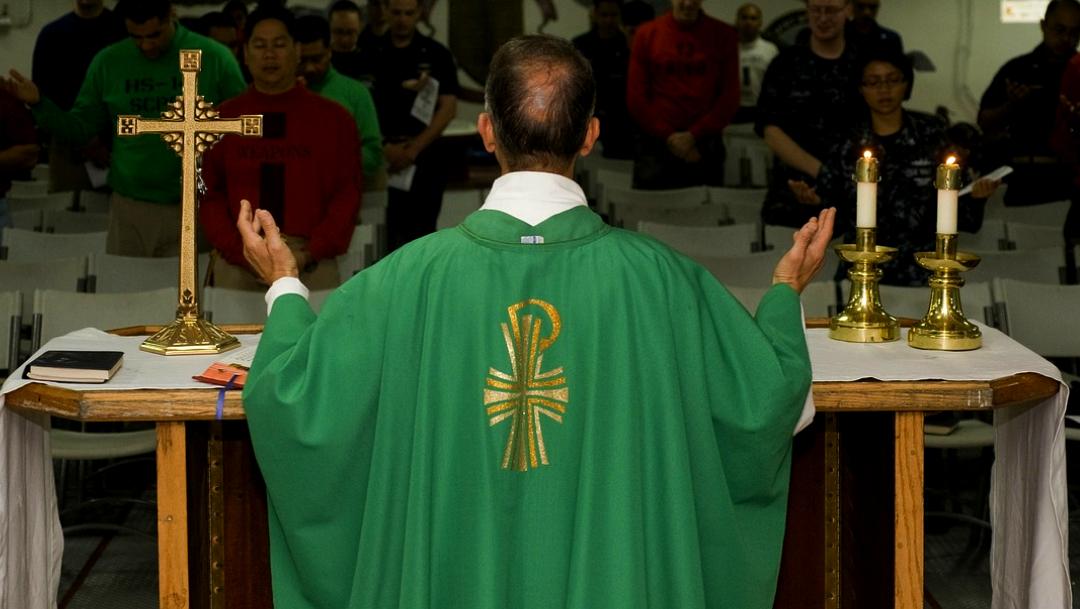 Congreso de CDMX analiza incluir a sacerdotes en el código penal en temas de delitos sexuales