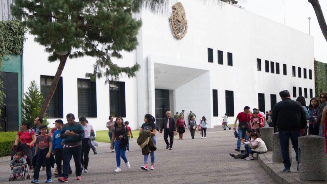 Foto Anuncian venta de libros en Los Pinos; habrá ejemplares desde 9 pesos 19 diciembre 2019