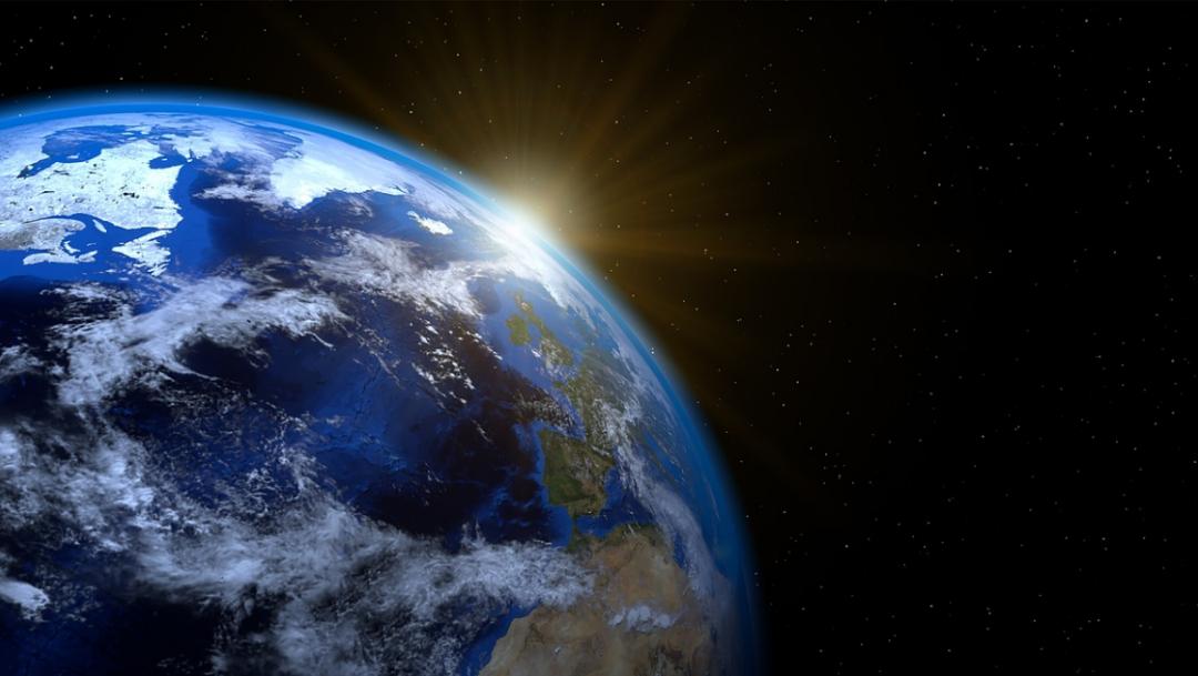 Polo magnético de la Tierra se mueve hacia Rusia