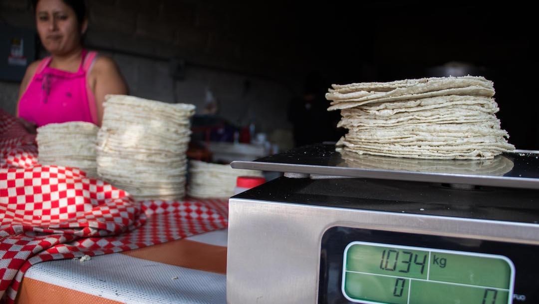 Tortilla registra un aumento y alcanza los 18 pesos