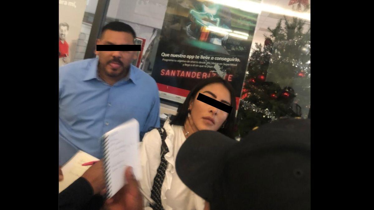 Fotos: Un hombre y una mujer fueron detenidas por supuestamente robar una cartera.