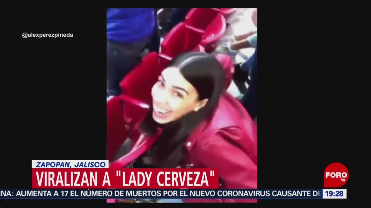 Foto: Ladycerveza Viral Lanzar Cerveza Estadio Chivas 22 Enero 2020