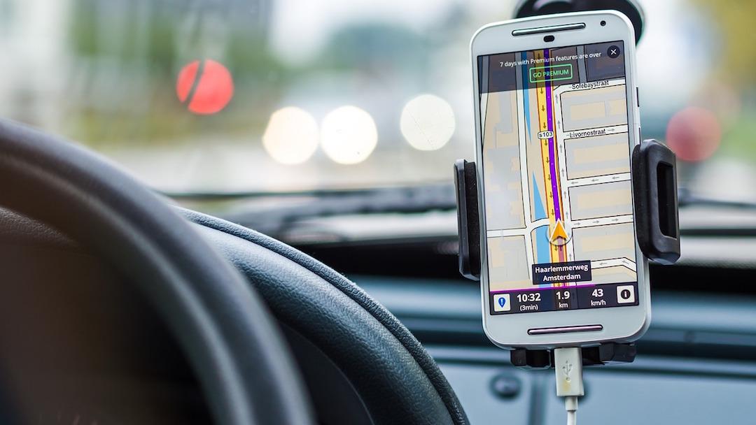 Crean app de taxis exclusiva para mujeres en Ciudad Juárez