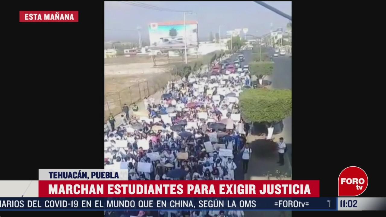 estudiantes marchan para exigir justicia en puebla