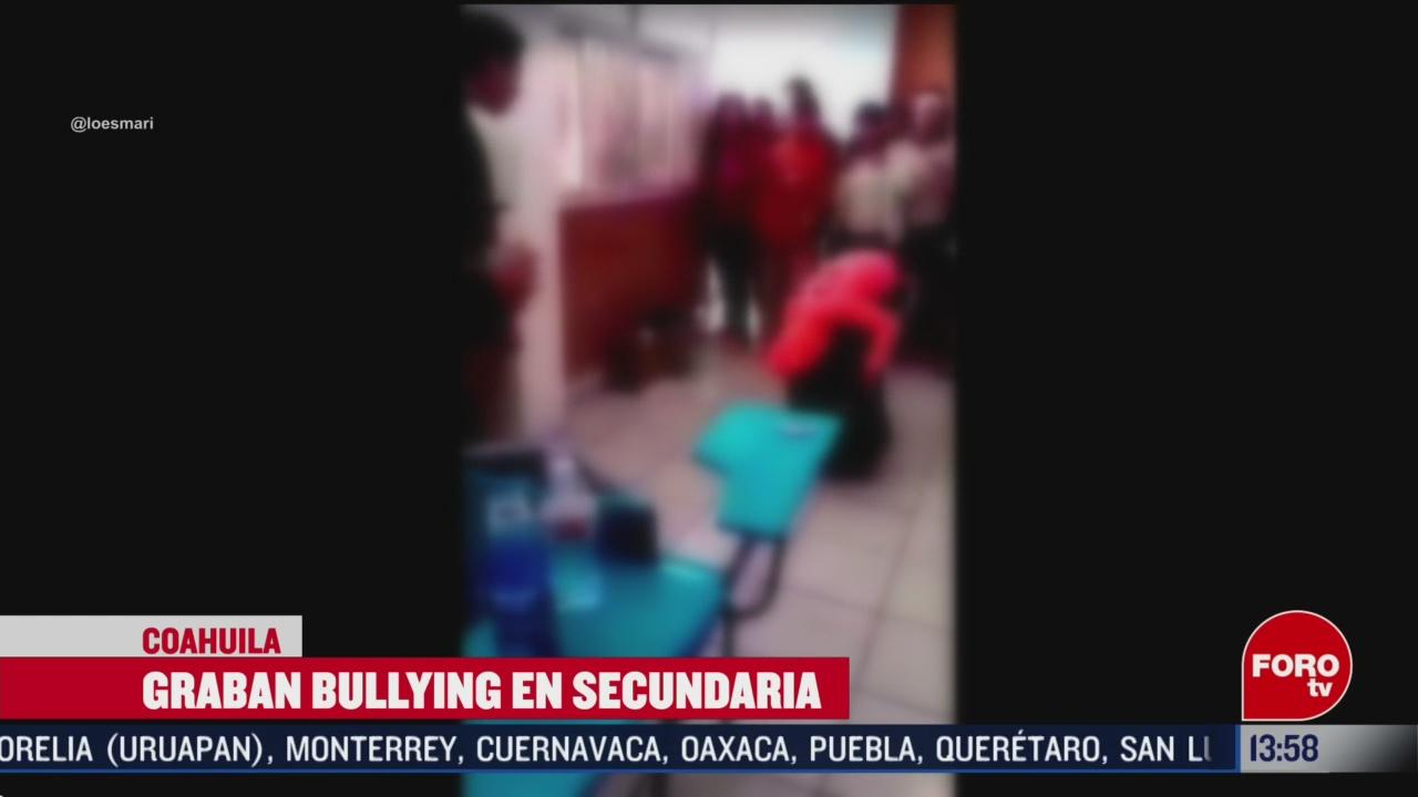 FOTO: graban a estudiante de secundaria cuando sufria bullying en coahuila