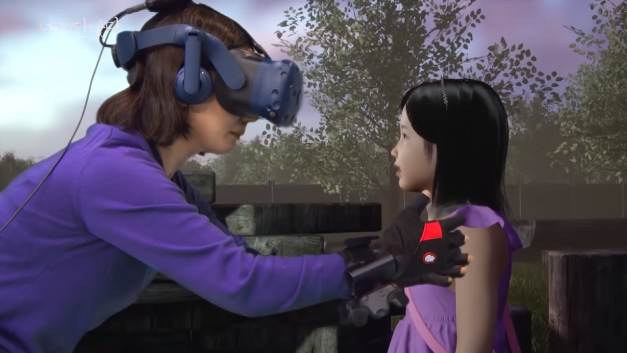 09-02-2020 Madre se reencuentra con su hija fallecida gracias a la realidad virtual