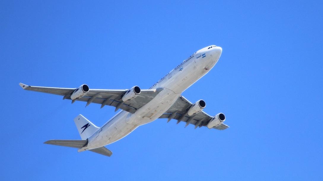Qué hacer cuando un avión tiene una avería y exceso de peso