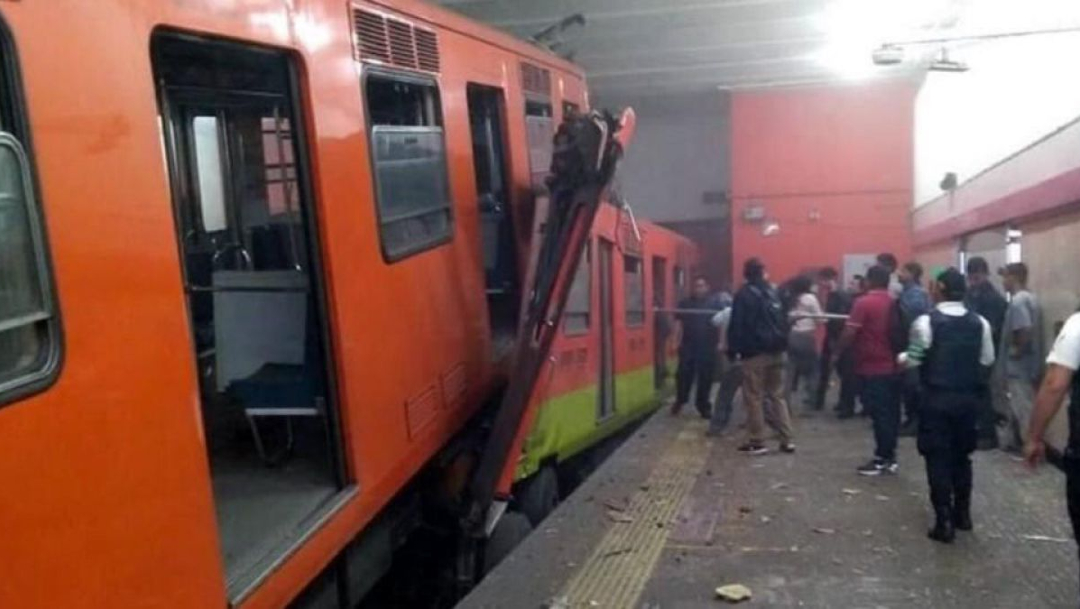 FOTO Tras choque de trenes en Metro Tacubaya, 4 personas siguen hospitalizadas (Cuartoscuro)