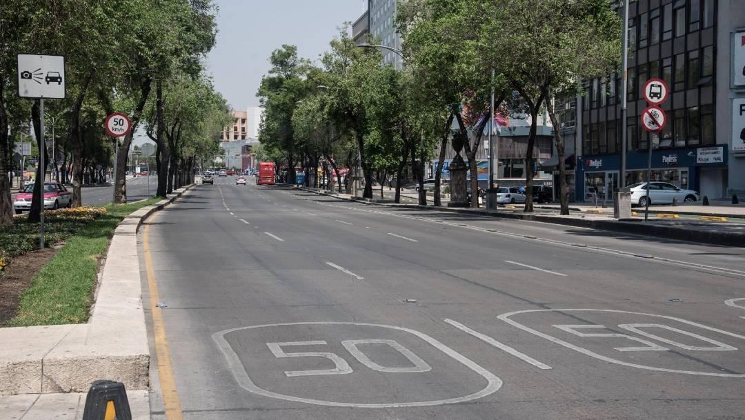 Algunas calles de la CDMX se encuentran con poco movimiento, aunque la gente sigue en las calles. (Foto: Cuartoscuro)