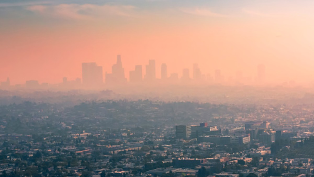 Foto: Contaminación en la ciudad de Los Angeles, California, EEUU. Getty Images/Archivo
