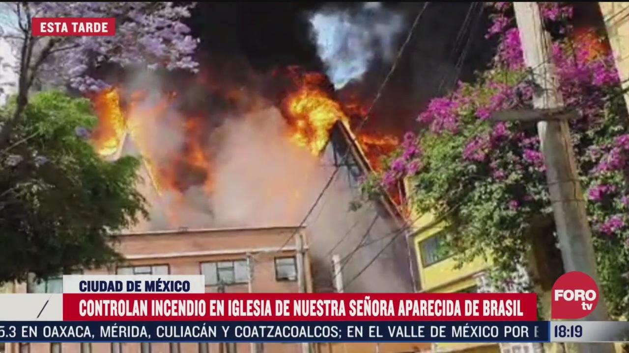 FOTO: incendio en iglesia de colonia jardin balbuena deja un lesionado