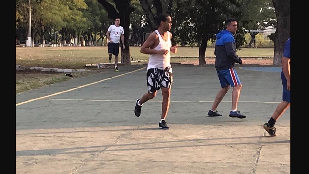 Foto Ronaldinho Prisión Futbol 13 Marzo 2020