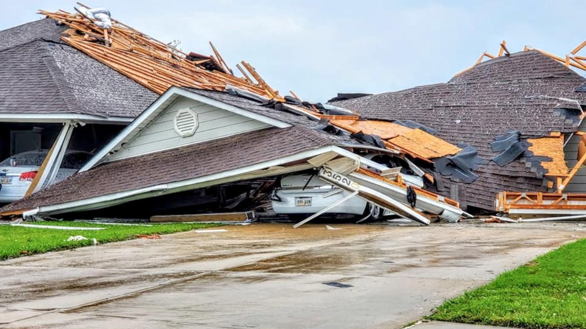 Tornados en el sur de EEUU dejan al menos 34 muertos