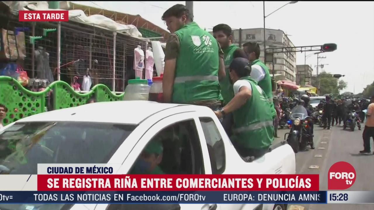 FOTO: 4 de abril 2020, pelea entre comerciantes de la merced y policias