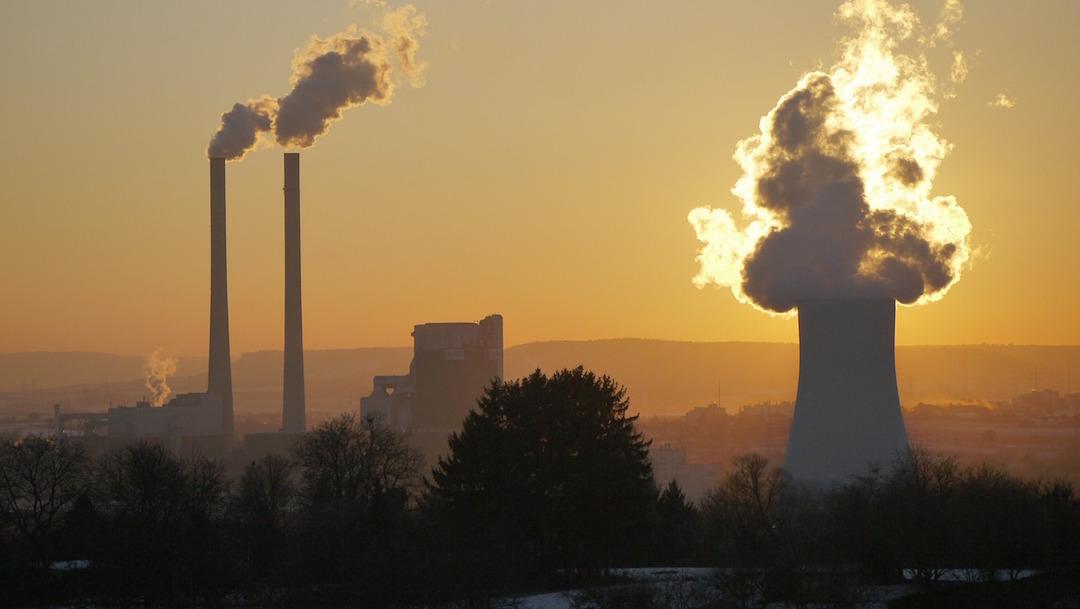 Respirar aire contaminado en la niñez afecta a la salud mental, según estudio
