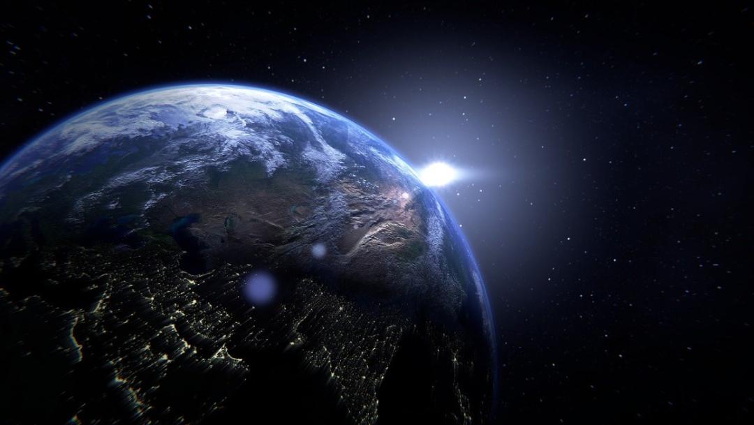 Astrónomos encuentran extraño exoplaneta similar a la Tierra
