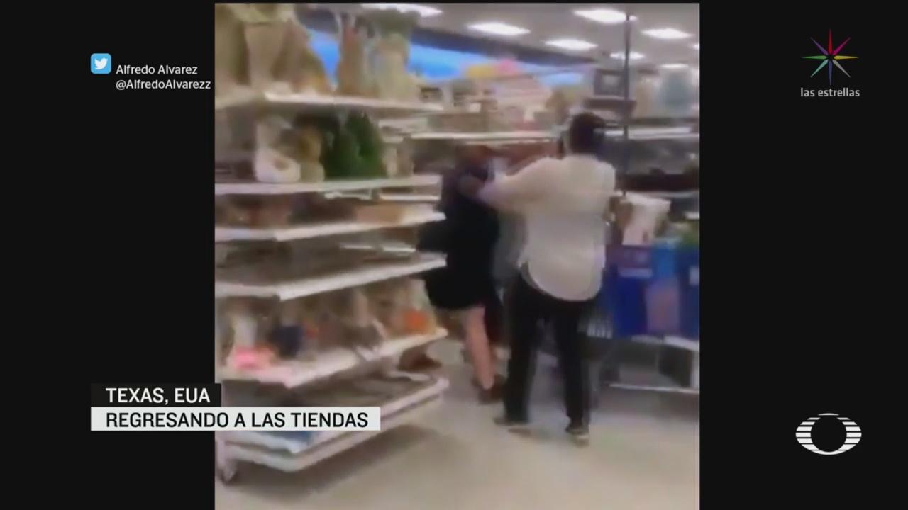 Video Peleas largas filas en apertura tiendas en Texas