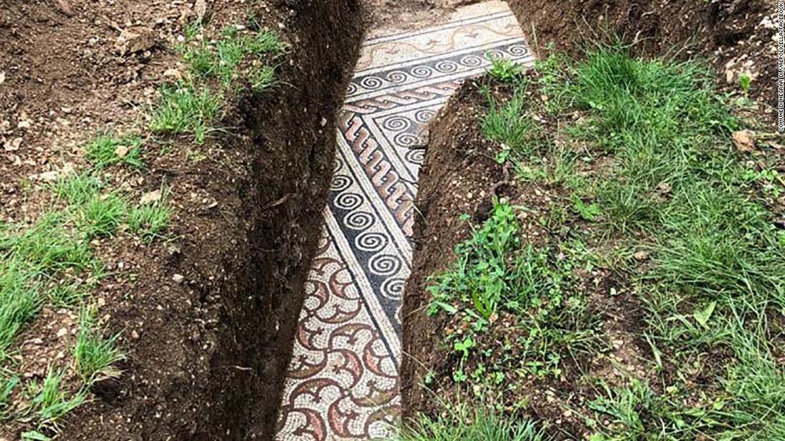 Imagen de mosaico romano descubierto en el norte de Verona