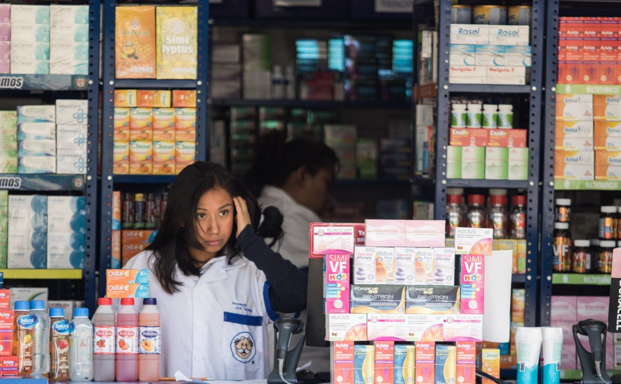 CDMX Unam Capacitación Médicos Farmacias Foto