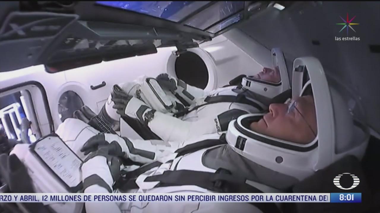 como se prepararon los astronautas que viajaron en la capsula crew dragon