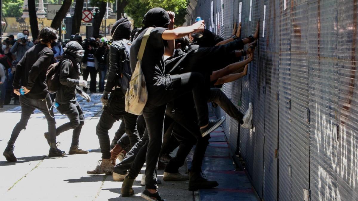 Protestas en CDMX dejan cuatro lesionados