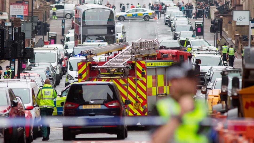 Ataque con cuchillo en hotel de Glasgow deja 3 muertos; agresor es abatido