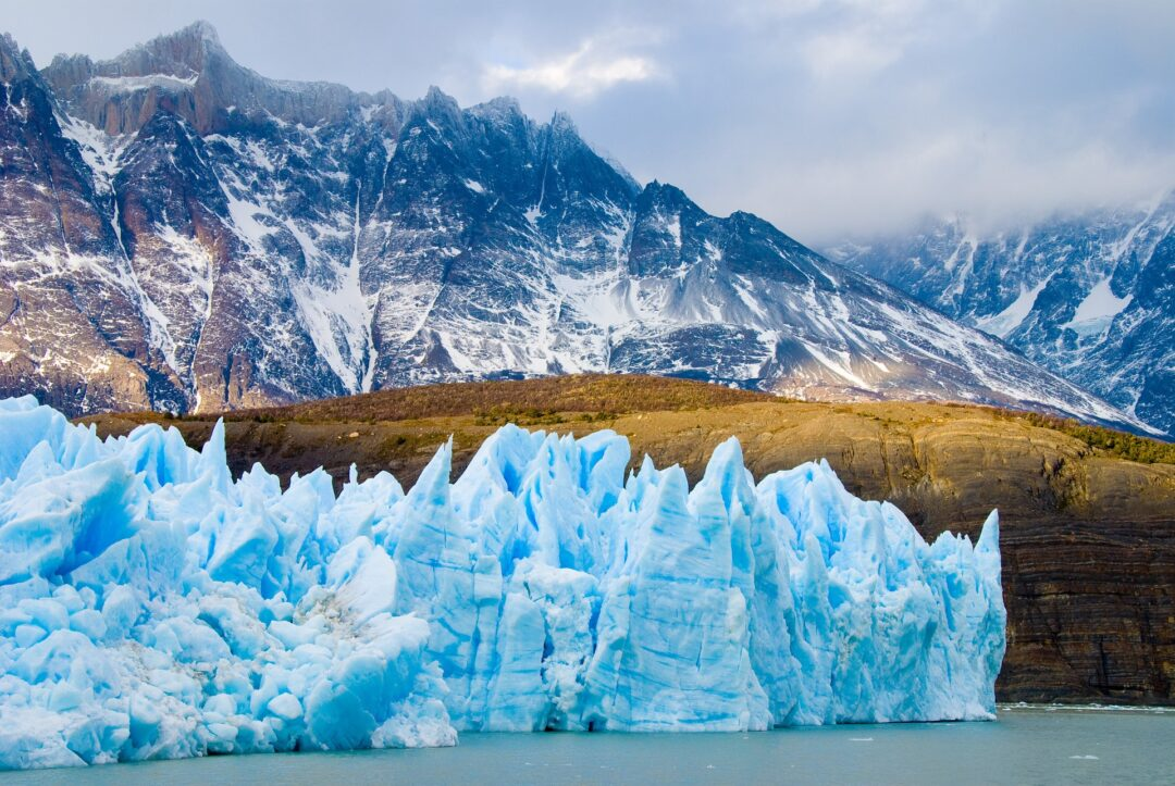 Mar subiría 4 metros: estudio sobre deshielo en Antártida