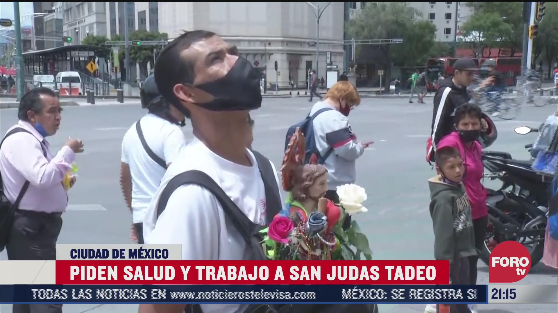 Fieles a San Judas Tadeo piden salud y trabajo en San Hipólito