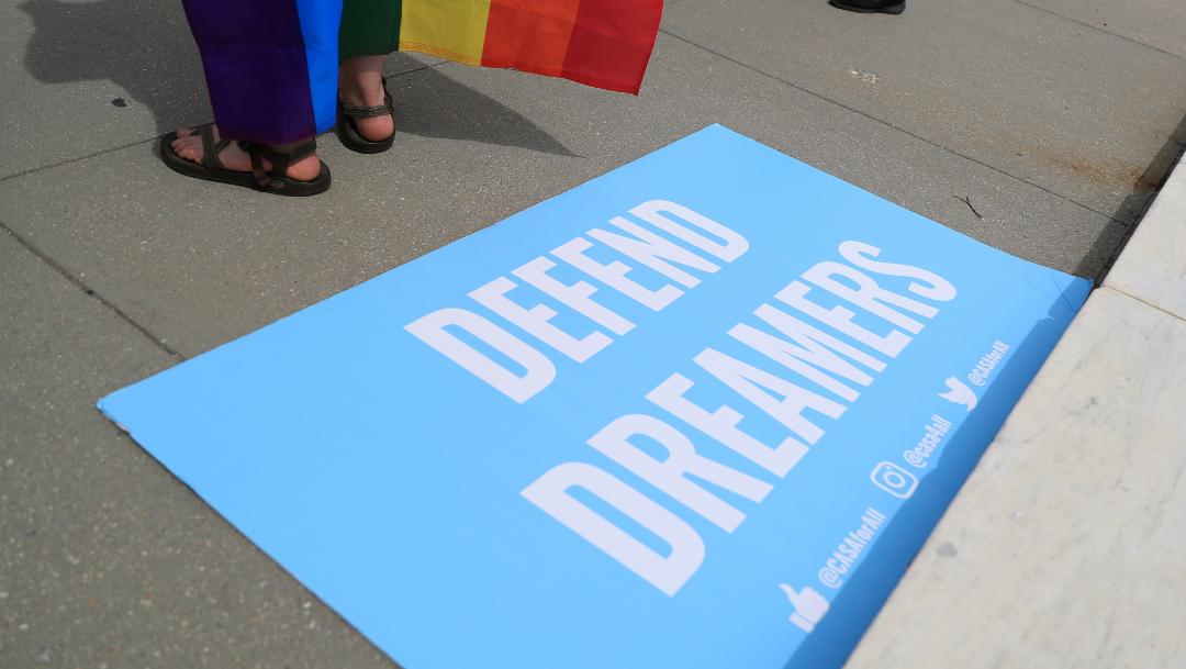 Gobierno de Trump no aceptará nuevas solicitudes de 'dreamers' para programa DACA